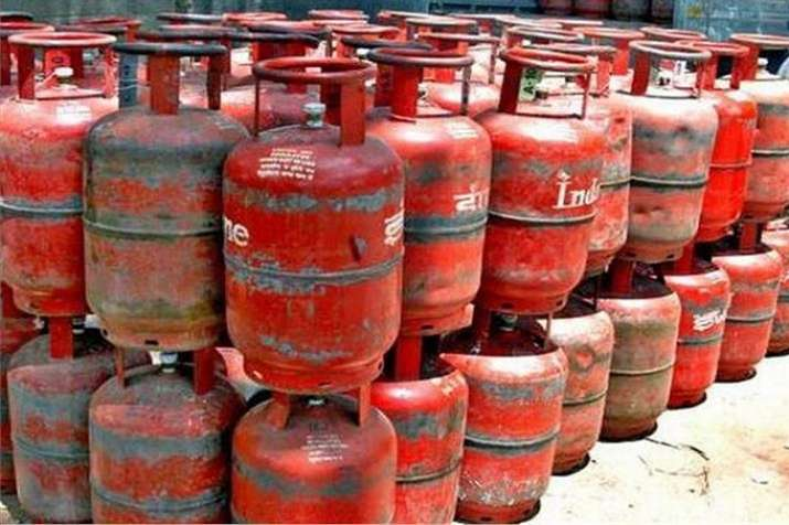 Non-Subsidised LPG gas cylinder price, domestic gas cylinde, LPG gas cylinder price- India TV Paisa