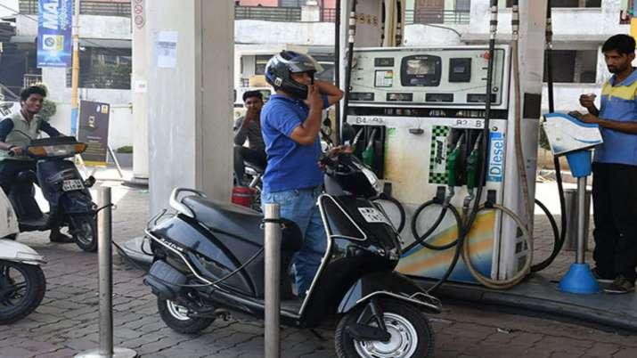 Petrol,diesel prices down for fourth consecutive day; Fuel demand will increase by 3.8% in 2020-21- India TV Paisa