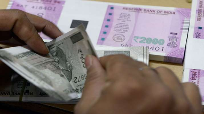 RBI permits all banks to allow 3-month moratorium on EMI - India TV Paisa