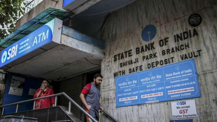 SBI customers need no Minimum Balance required in savings accounts - India TV Paisa