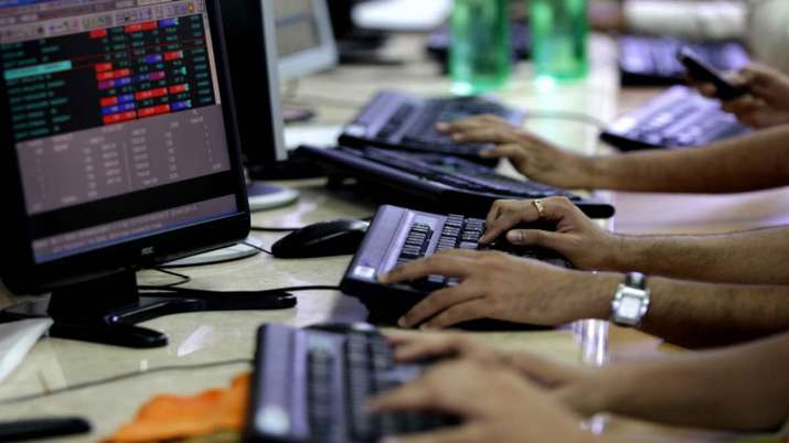 Sensex ends 62 pts higher; RIL rebounds over 3 pc- India TV Paisa