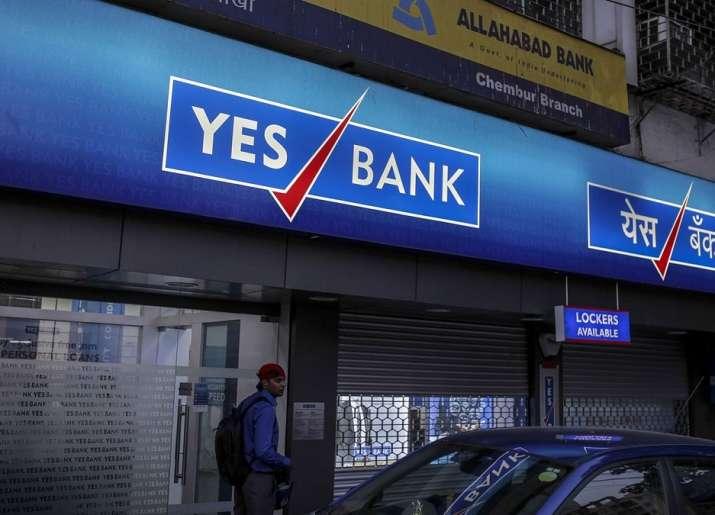 YES Bank plunges 29pc as Madhu Kapur sells stake in bank- India TV Paisa