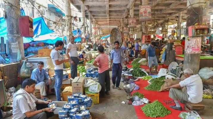 Odd-even rules apply for sale of vegetables at Delhi's Azadpur mandi - India TV Paisa