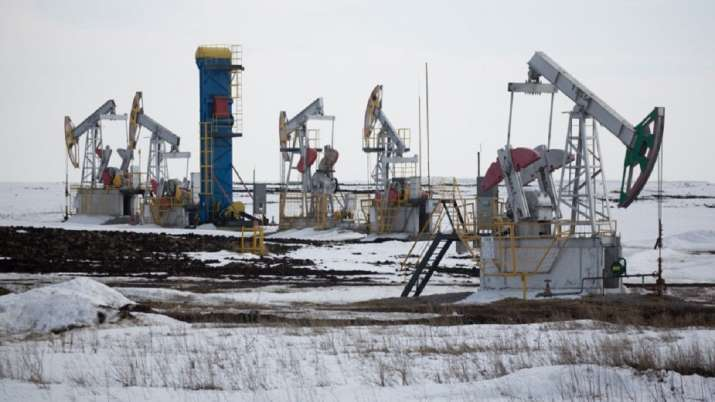 OPEC and allies agree to crude oil production cut- India TV Paisa