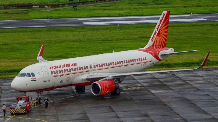 Air India, Delhi-Moscow flight, pilot corona positive - India TV Paisa