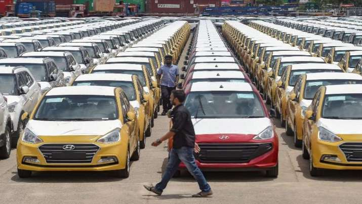 Auto dealers, sales margin, cost reduction - India TV Paisa