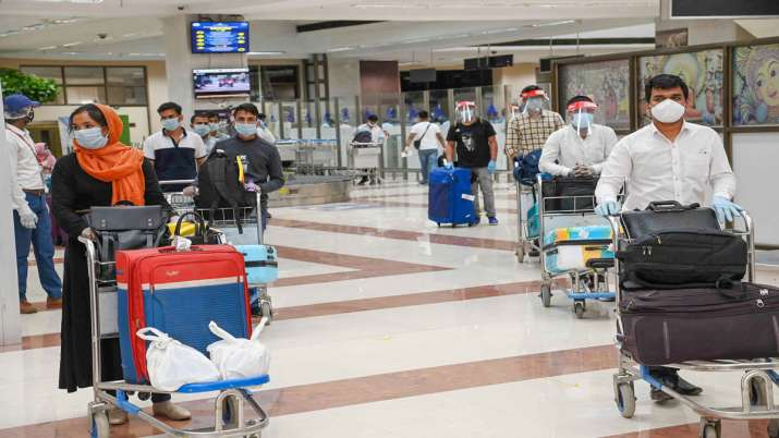 airports handled 325 departures and 283 arrivals with 41,673 passengers on 26 May - India TV Paisa