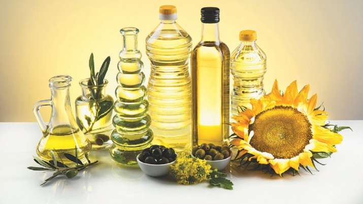 Import of Edible Oils in April 2020 down by 34 percent - India TV Paisa