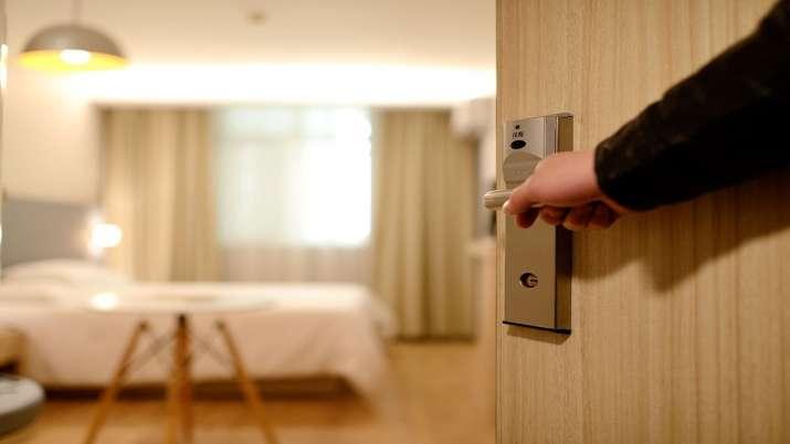 COVID-19 hits hotel industry; revenue per room drops 13-29 pc in Jan-Mar - India TV Paisa