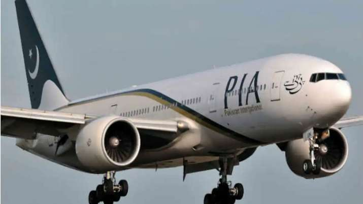 PIA's crashed plane last checked 2 months ago, returned from Muscat day before- India TV Hindi