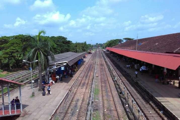 Photo of Lockdown 5.0: एक जून से गोवा में ज्यादा रेलगाड़ियां, विमान आएंगे