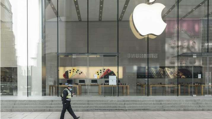 Apple Again Closing Some Stores in US Due to Coronavirus Spikes- India TV Paisa