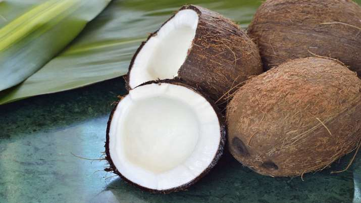 MSP for dehusked coconut goes up to Rs 2,700 a quintal- India TV Paisa