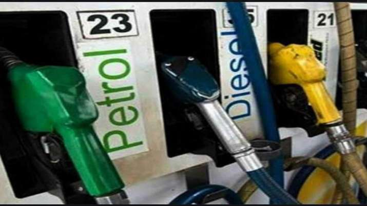 Diesel price crosses Rs 80 mark in Delhi, currently at Rs 80.02/litre - India TV Paisa
