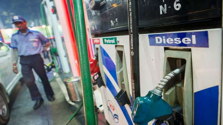 As demand for fuel picks up oil marketing cos hike prices for the second day by 60 paise - India TV Paisa