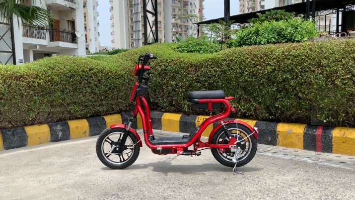 Gemopai Electric drives in mini e-scooter Miso priced at Rs 44,000- India TV Paisa