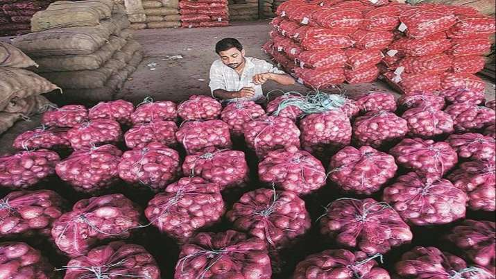 Nafed procures 25,000 tonnes of onion so far to create buffer stock- India TV Paisa