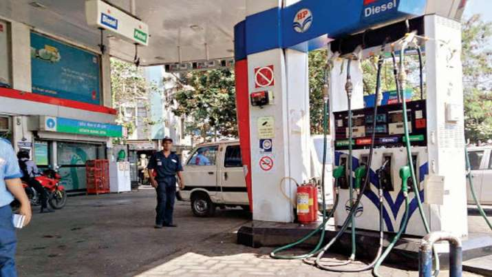 Petrol and diesel prices today at Rs 80.38 and Rs 80.40 per litre - India TV Paisa