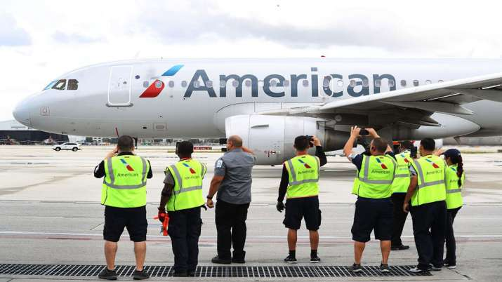 American Airlines warns 25,000 workers they could lose jobs- India TV Paisa