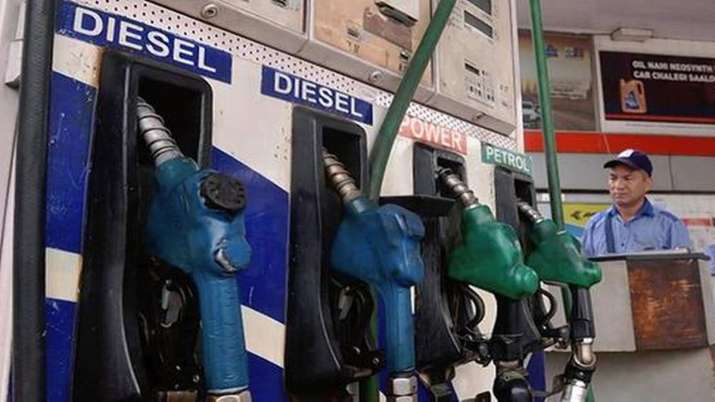 Petrol price kept unchanged, diesel hiked by 25 paise- India TV Paisa