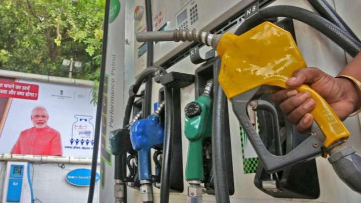 Diesel costlier as oil firms push pump prices, petrol remains steady - India TV Paisa