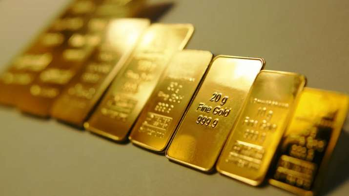 Consumer demand for gold plunges, prices rally on ETF inflow- India TV Paisa