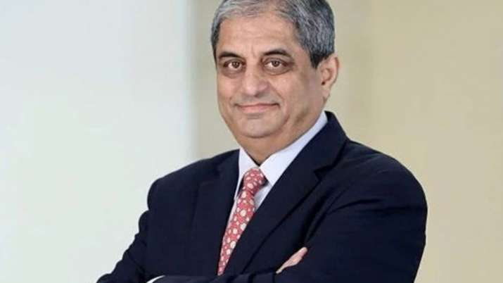 HDFC Bank's Aditya Puri highest paid banker in FY20 with Rs 18.92 cr in remuneration- India TV Paisa