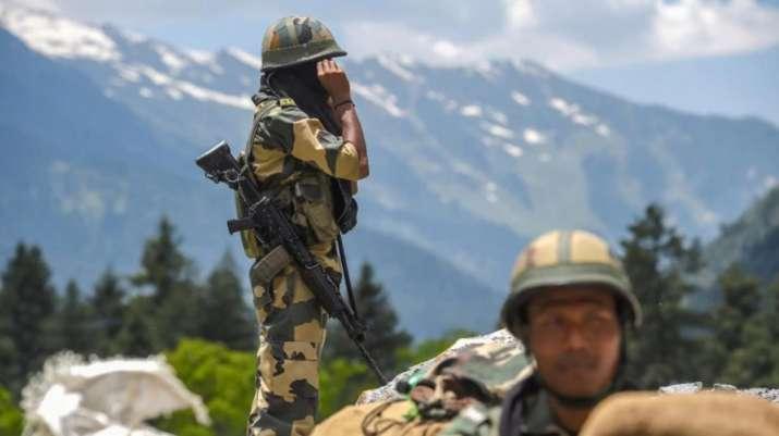 Photo of जम्मू कश्मीर: पुंछ से सटे एलओसी के इलाकों में पाकिस्तान ने किया सीजफायर का उल्लंघन