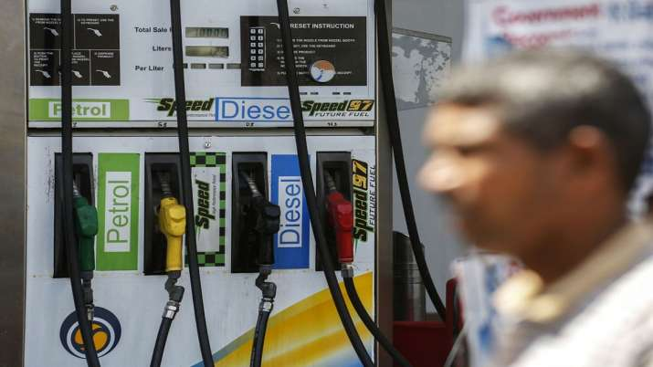 No change in the price of petrol and diesel for the second consecutive day- India TV Paisa