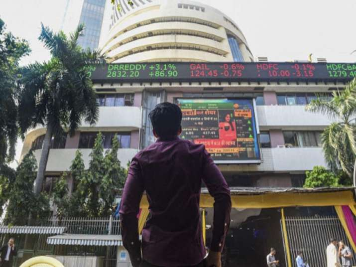 Sensex drops over 300 pts in early trade; financial stocks drag- India TV Paisa
