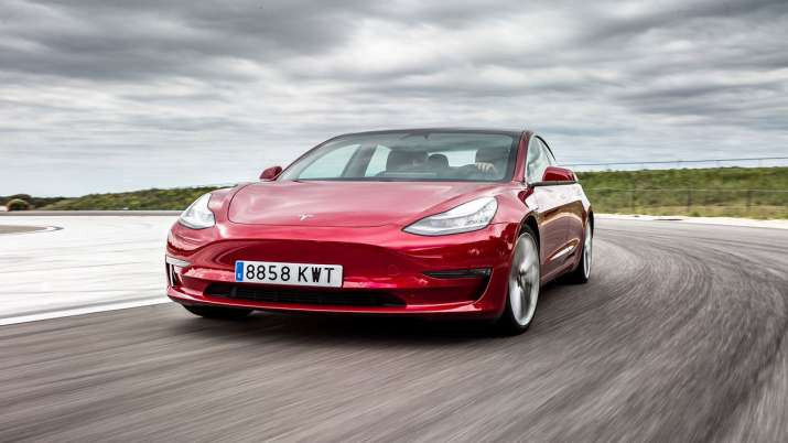 Musk again hints at Tesla Model 3 arrival in India- India TV Paisa
