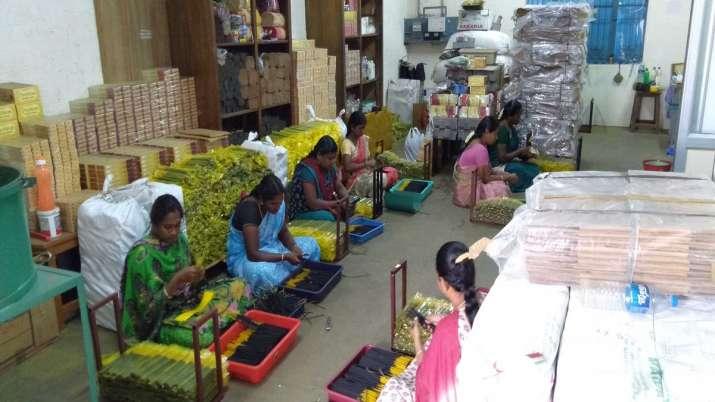 Agarbatti manufacturers witness increase in demand during Lockdown - India TV Paisa