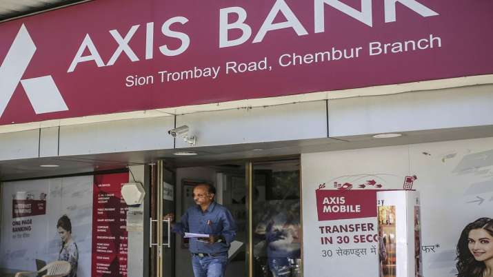 Axis Bank raises Rs 10,000 cr via allotment of equity shares to QIBs- India TV Paisa
