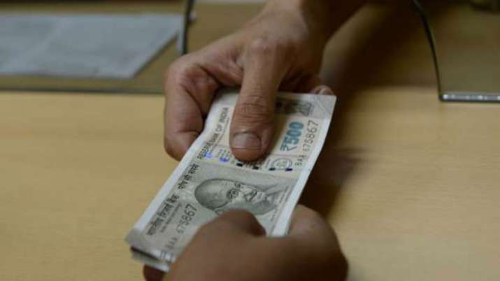 how to withdraw money from EPF account and tax rules- India TV Paisa