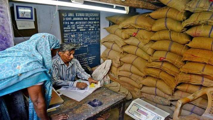 States distribute free grains to 2.51 crore migrants so far- India TV Paisa