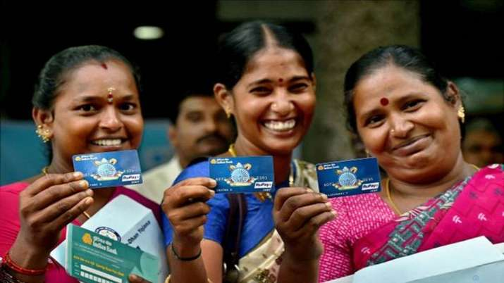 Bank accounts opened under Jan Dhan Yojana crosses 40-crore mark- India TV Paisa