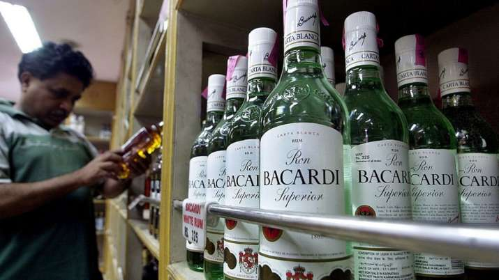 Liquor sales decline up to 60per cent in May-June in states with high Corona cess- India TV Paisa