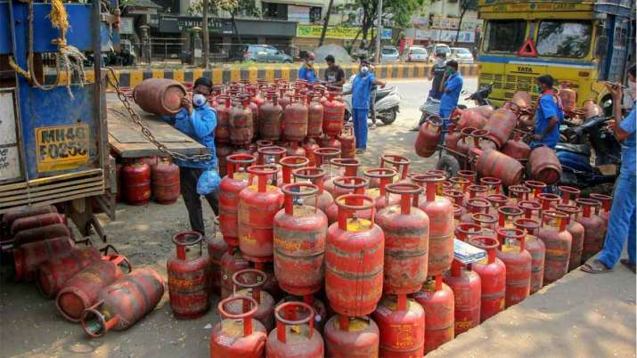 LPG Demand at record high- India TV Paisa