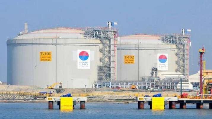Petronet net profit slips 7 pc in Q1- India TV Paisa