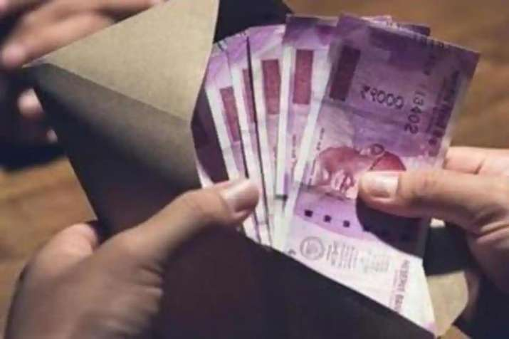 Average salary increment falls to 3.6 per cent this fiscal- India TV Paisa