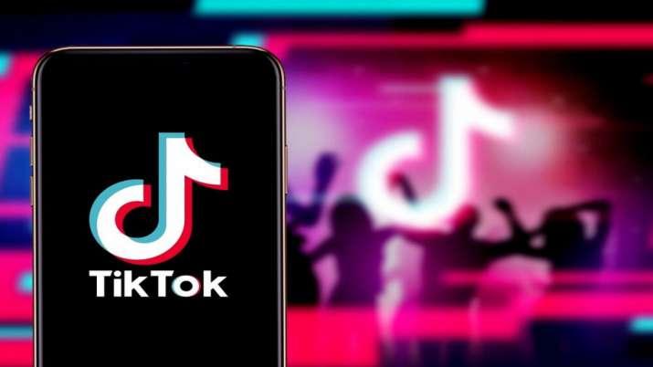 Walmart joins Microsoft in bid for video app TikTok- India TV Paisa