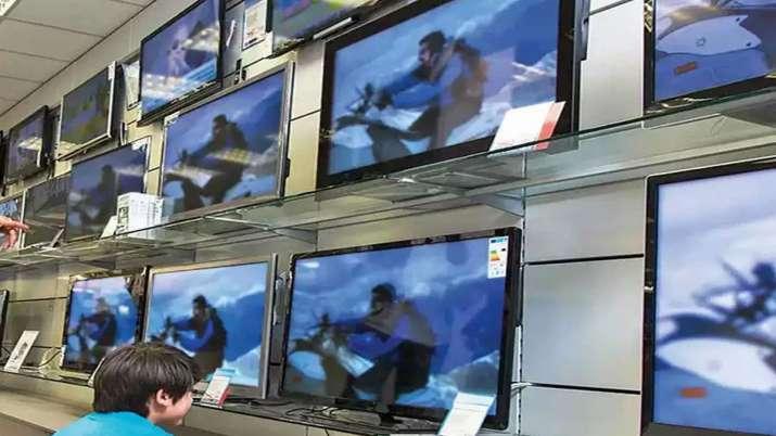 Compaq enters smart TV segment in India- India TV Paisa