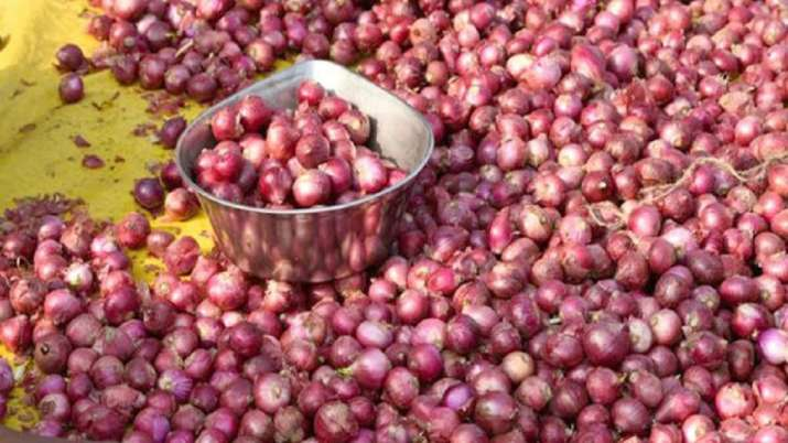 India allows export of 25,000 tonnes of onions to Bangladesh - India TV Paisa