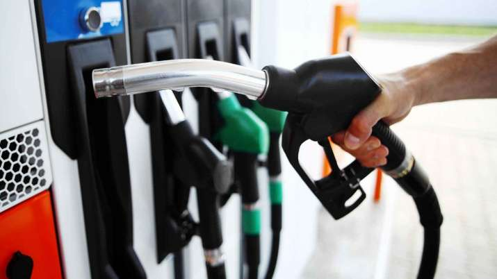 Diesel prices fall again, petrol unchanged- India TV Paisa