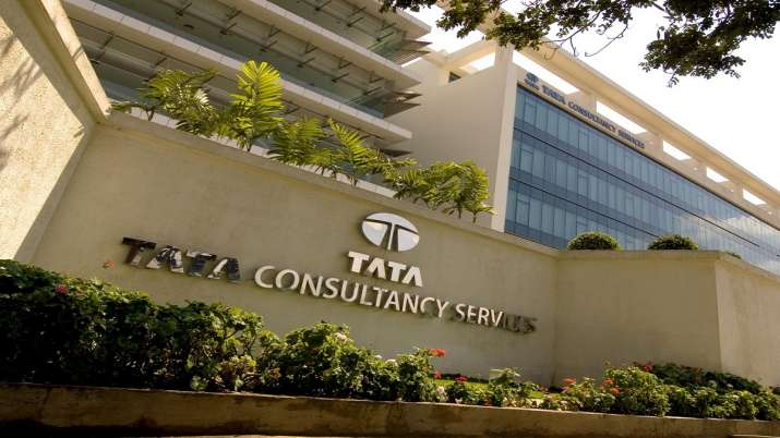 TCS becomes second Indian firm to cross Rs 9 lakh cr-market valuation mark- India TV Paisa