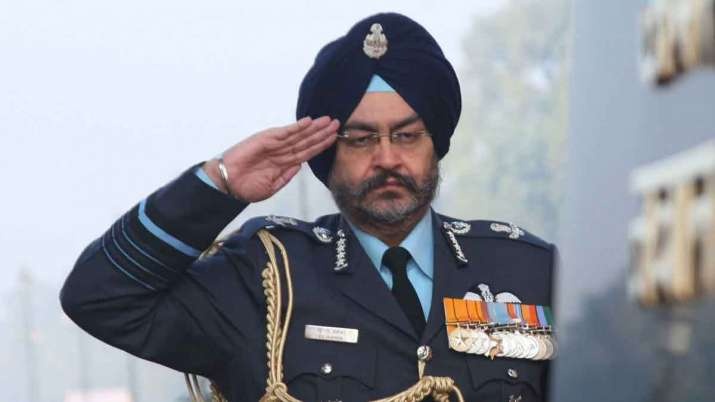 Hero MotoCorp appoints former Air Chief BS Dhanoa as independent director- India TV Paisa