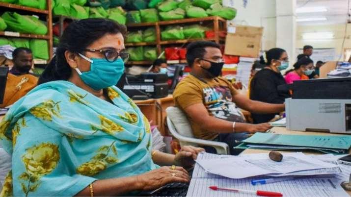 Assocham said Indian Economy showing signs of improvement- India TV Paisa