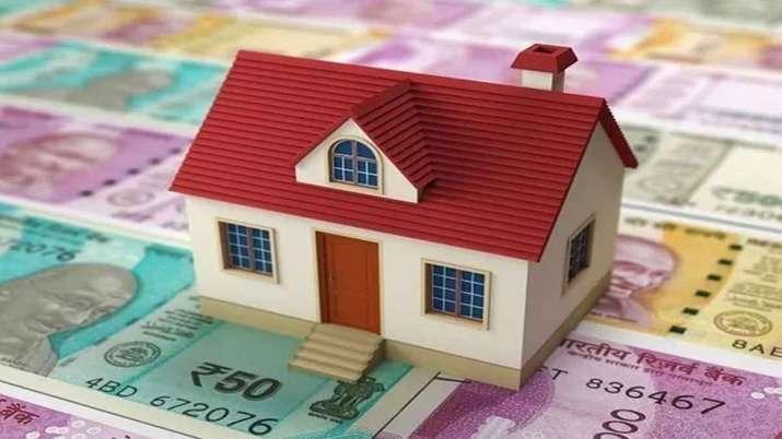 Kotak Mahindra Bank  at par with SBI cuts home loan rate to 7 pc- India TV Paisa