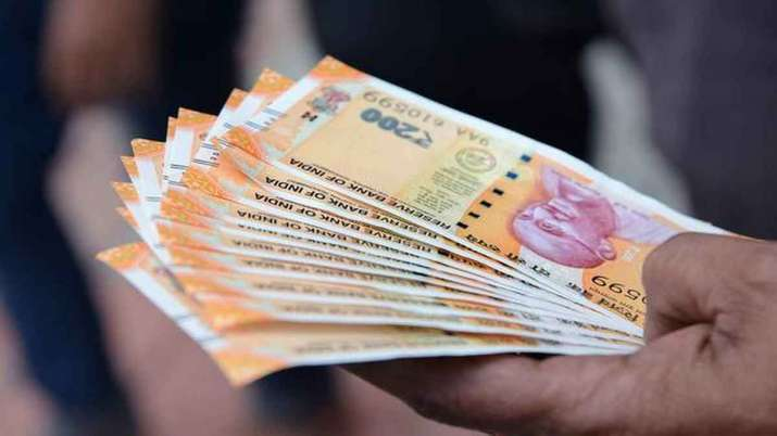 income tax refunds of over Rs 1.21 lakh cr issued since April- India TV Paisa