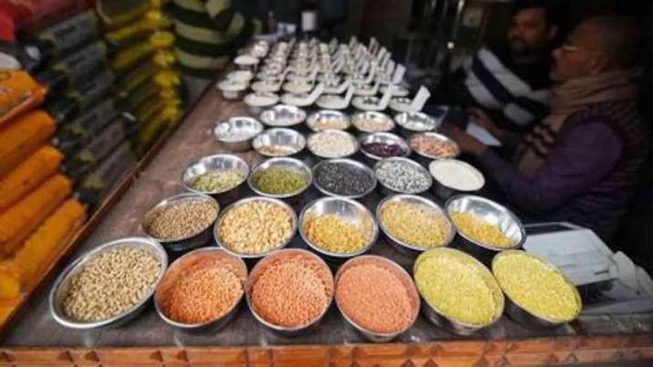5 states to procure 1 lakh tonnes of tur from buffer to check pulse prices- India TV Paisa